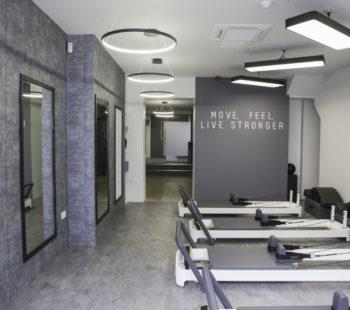 Four Sides London Health & Beauty
