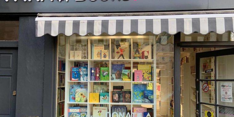 Fara Books for Kids Shopping
