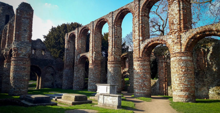Exploring Colchester with walking guides from Visit Colchester 25 Mar