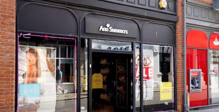 Ann Summers Shopping
