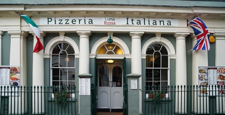 Luna Rossa Pizzeria Eat & Drink