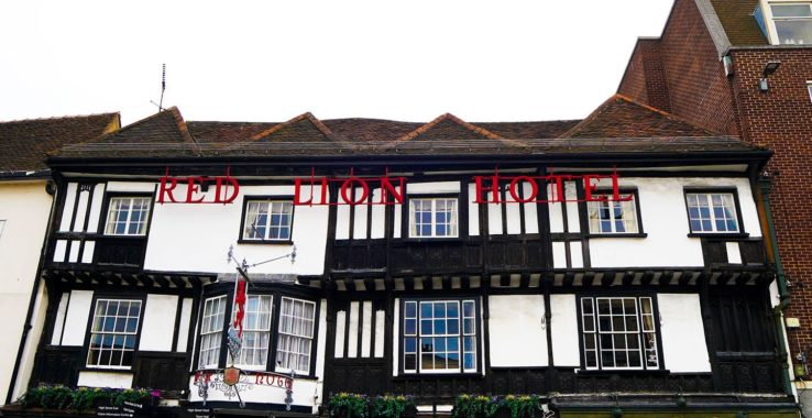Red Lion Hotel Accommodation