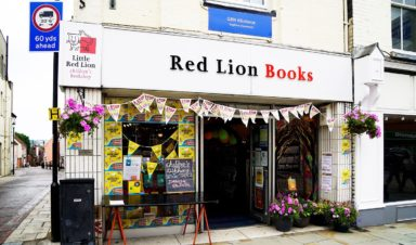 Red Lion Books Shopping