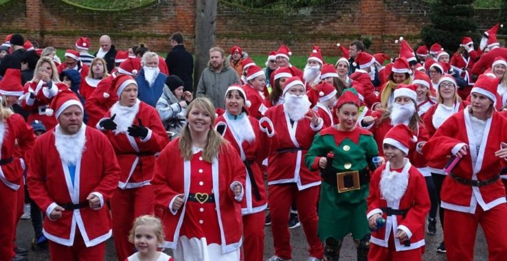 Santa Fun Run Castle Park Gardens