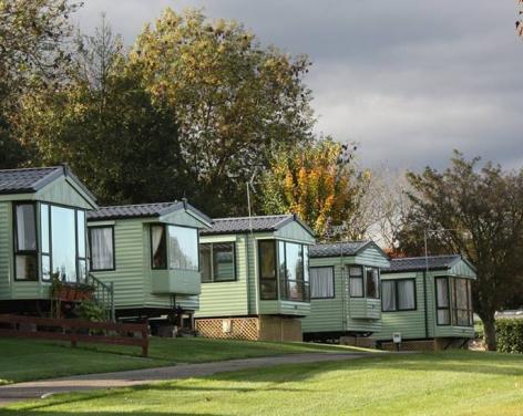 Yorkshire Hussar Inn & Caravan Park