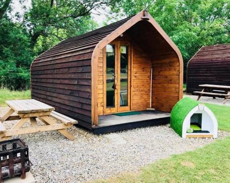 Studfold Caravan, Glamping and Camping Park