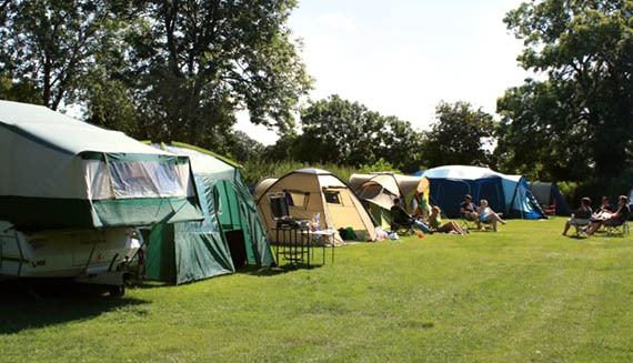 Content Camping Yorkshire Hussar