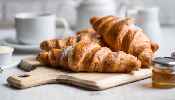 Content white hart hotel harrogate breakfast croissants 1424964170 1