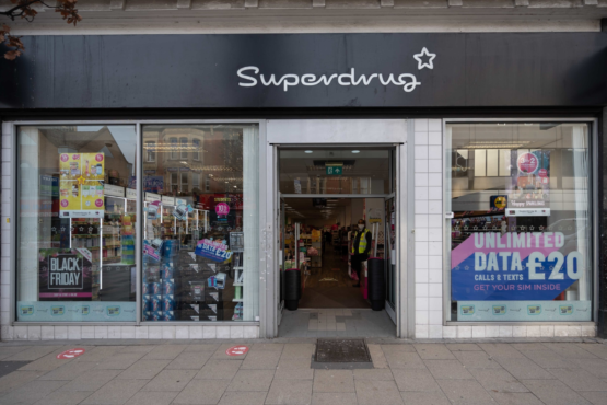 Superdrug (High Road)