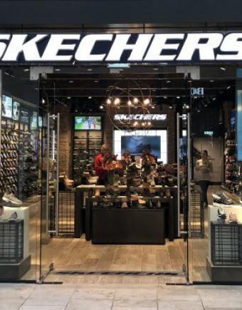 Skechers lower red