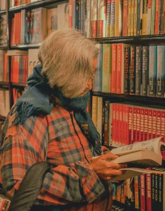 Book store 750x560pix