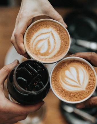 Coffee shop cafe 750x560pix 1