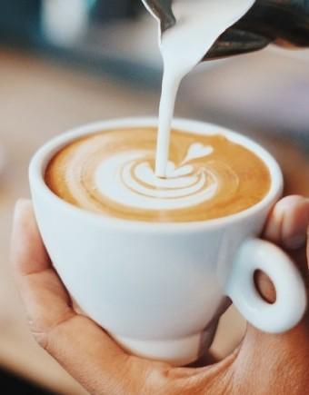 Coffee shop cafe 750x560pix
