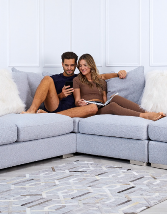 Sofa club 750x560pix