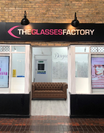 The glasses factory banner 750x560 px