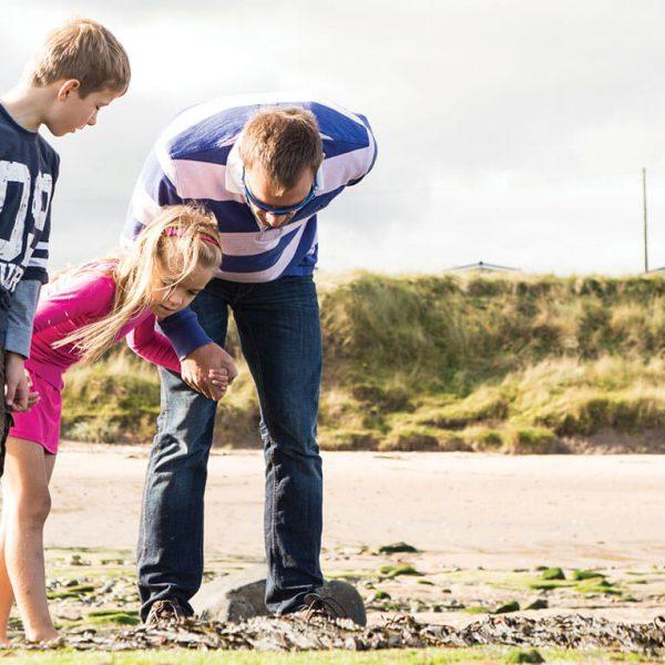 Goldensands family beach 600x600