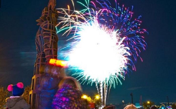 Firework Displayat Segedunum Roman Fort Resized GIF
