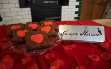 Beamish Museum Valentine Be Mine Brownie Tin