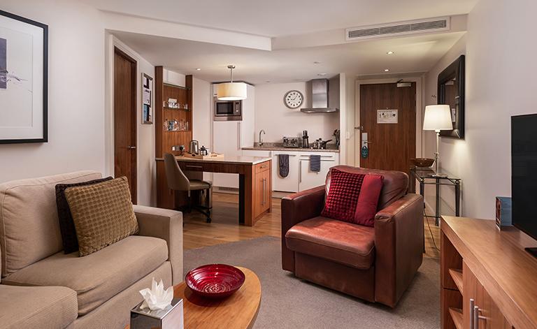 Self catering STAYBRIDGE 1 bedroom kitchen