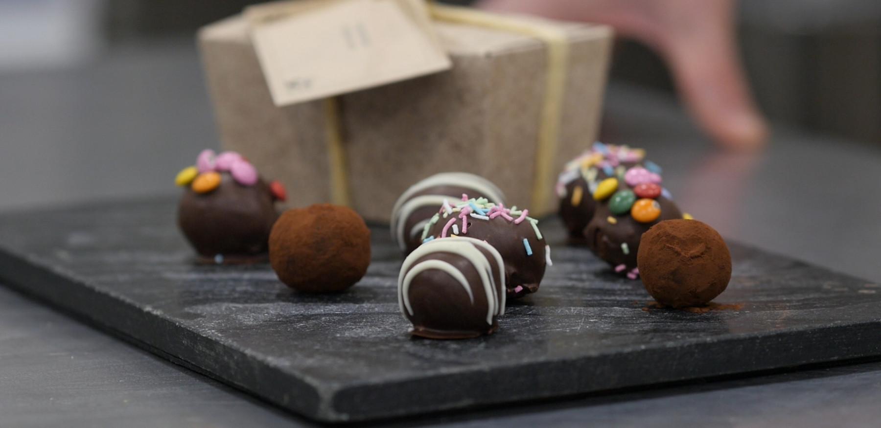 Chocolate Truffles thumbnail 3