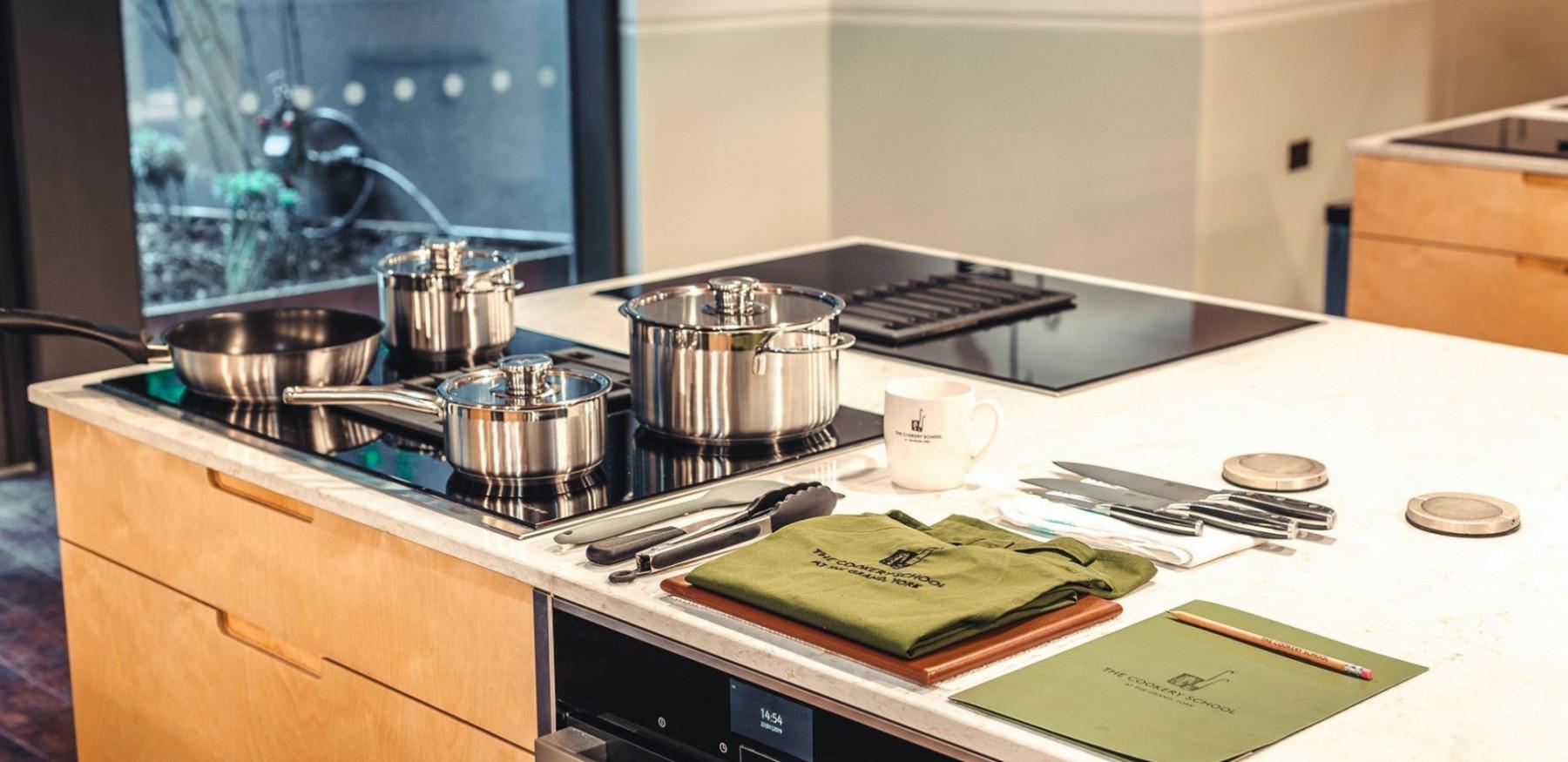 Cook school individual kitchen set up 3 625817155