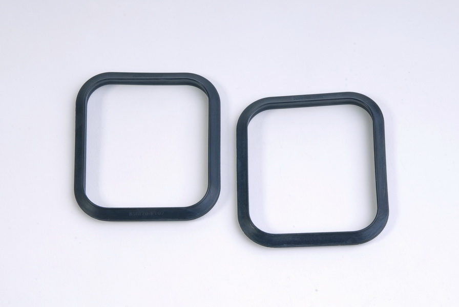 Fuel tank mounting rubber - KSM70-FT07