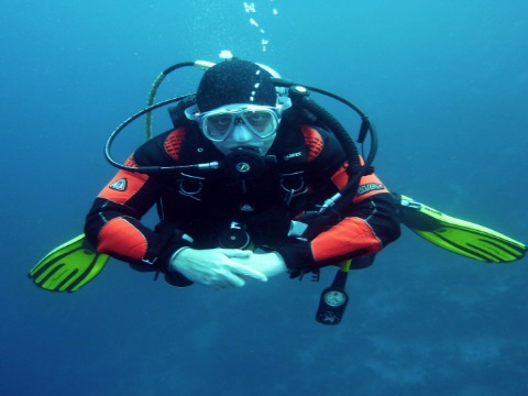 EASTMAN FULL FACE MASK DIVE EXPERIENCE in Jumeirah Beach