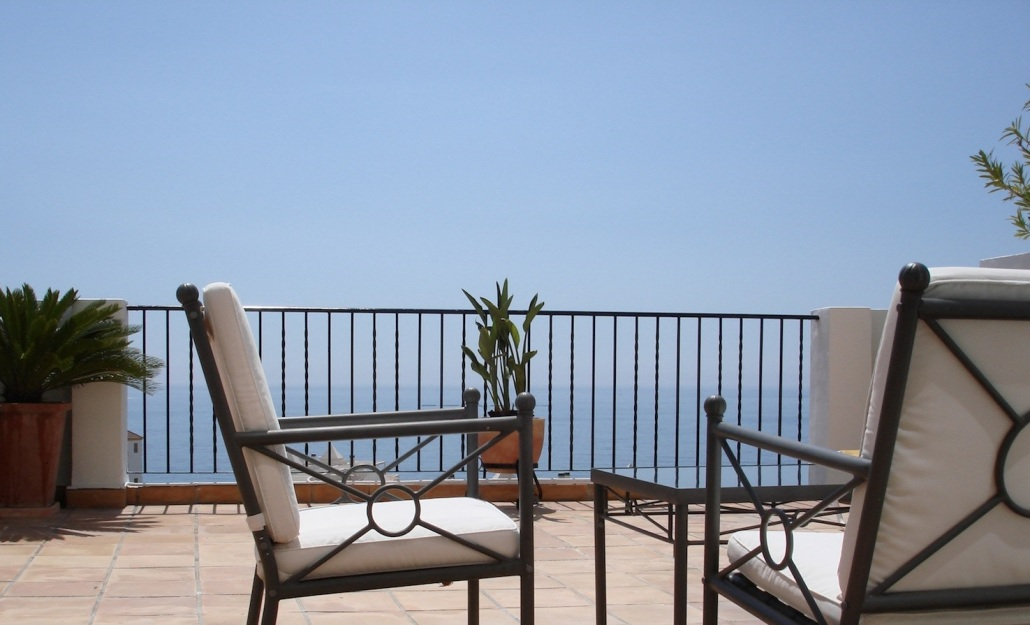 Andalucian style modern apartments with sea views in Benalmadena