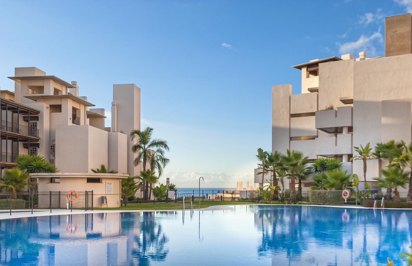Apartamentos de lujo en primera línea de playa en la ciudad de Estepona