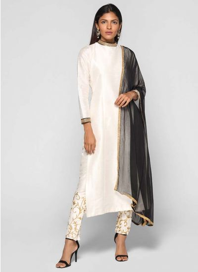 Zari Embroidered Trouser Suit