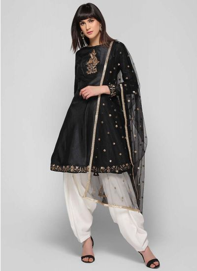 Embroidered Bias Cut Salwar Suit