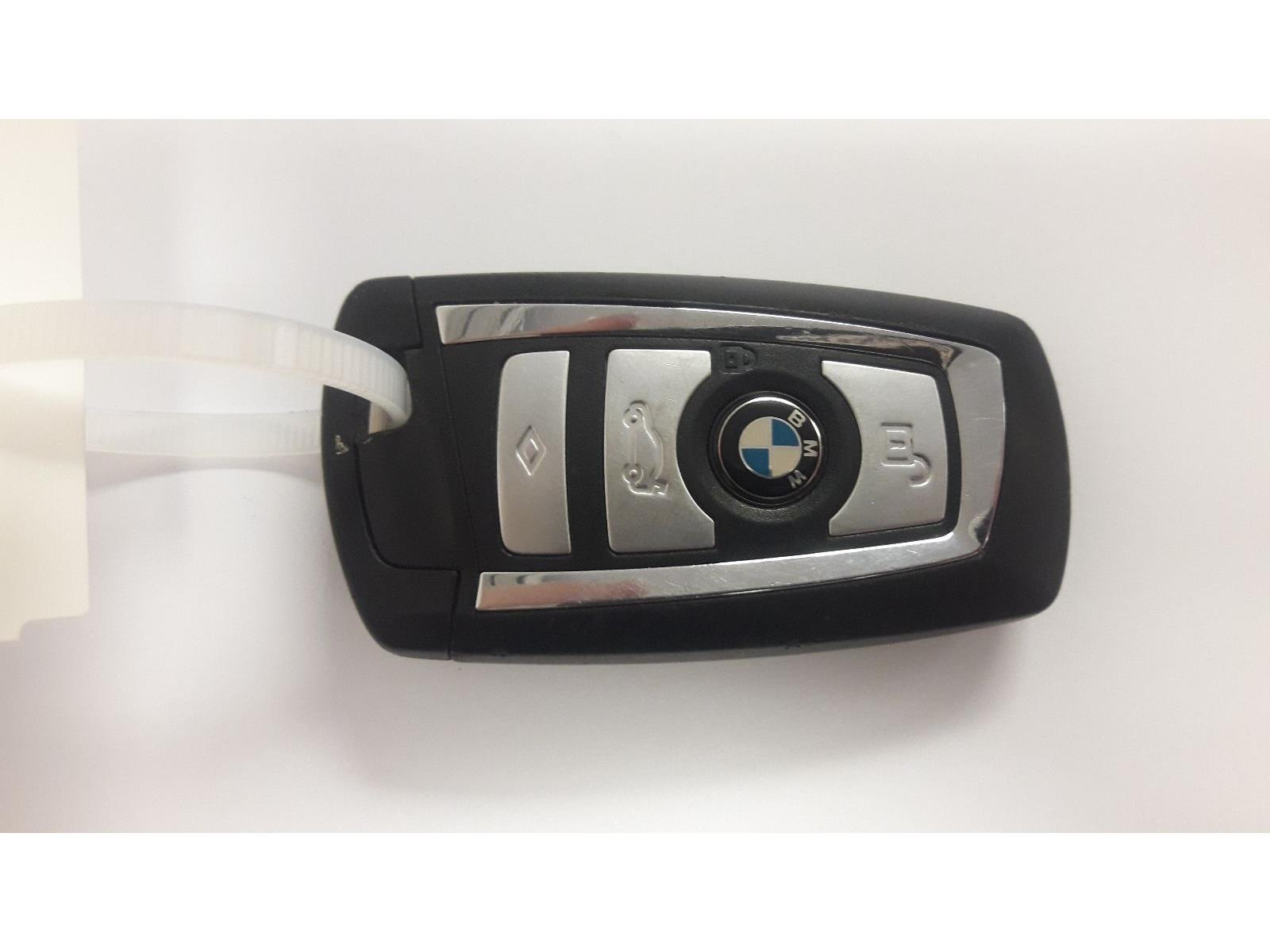 BMW 9284931 - 4 Button Chrome Trim F30 F31 868MHz