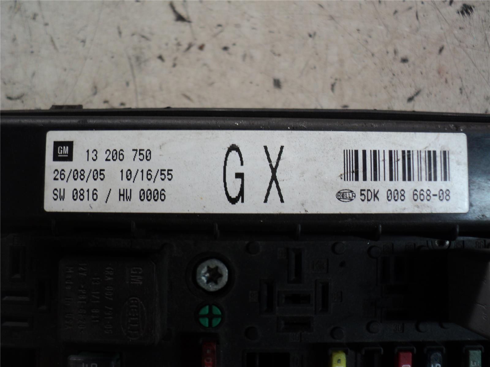 Vauxhall Zafira 2005 To 2010 Fuse Box  Petrol    Manual  For Sale From Motorhog In Doncaster