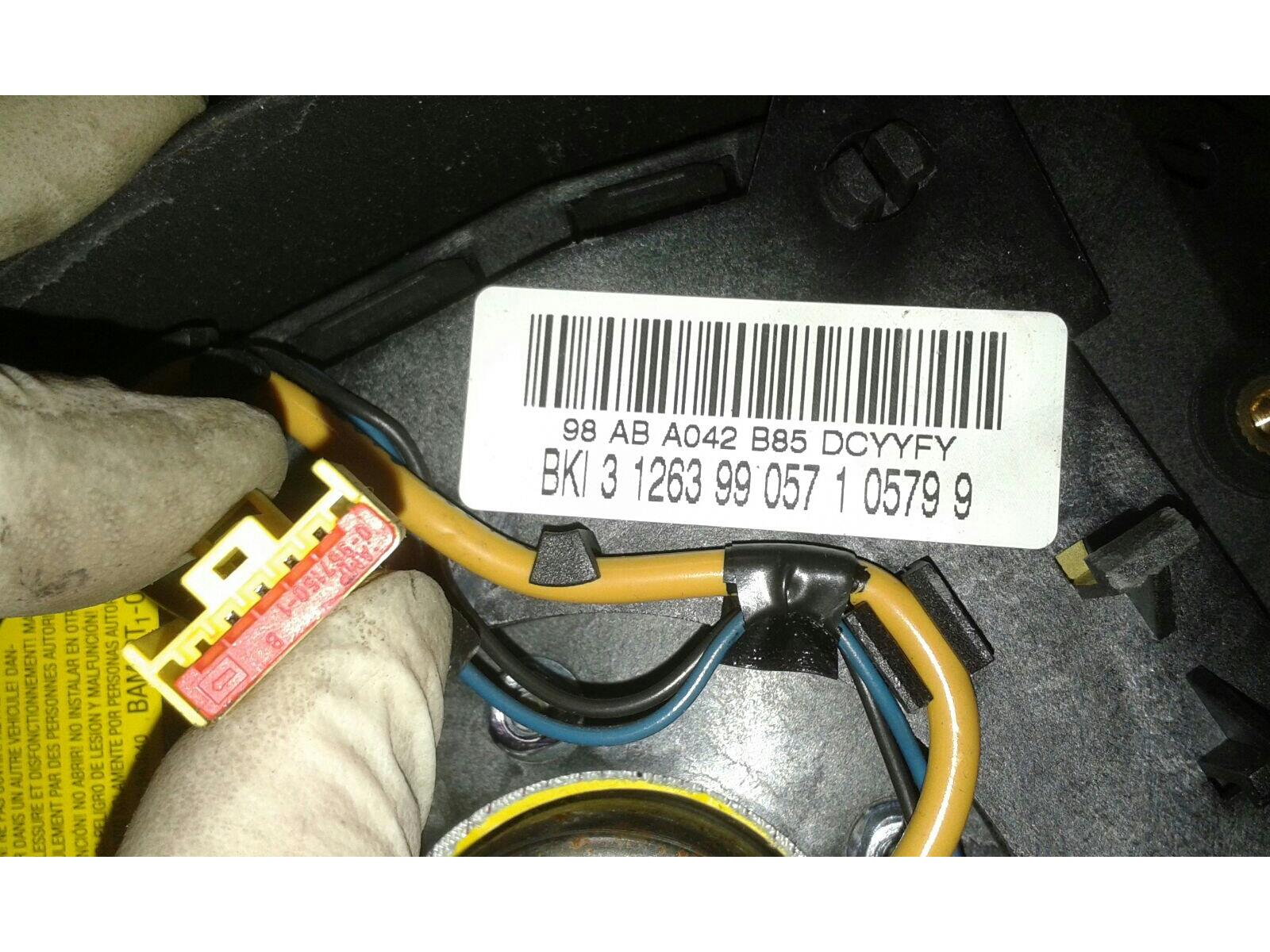 Ford Focus 1998 To 2005 Airbag Drivers Side Petrol Manual For Wiring 1999 18 Osf Steering Wheel Warranty 5001310