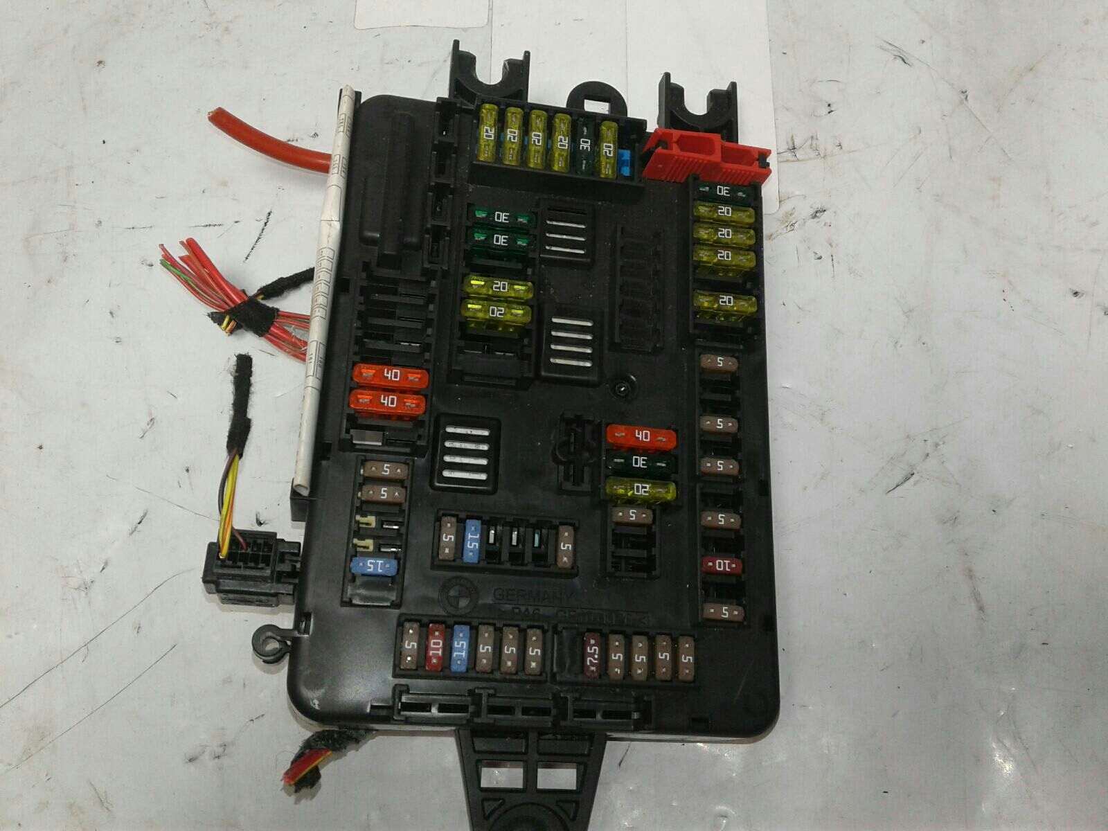... 2015 BMW 320d M Sport - Fuse Box / Relay Board - Warranty - 5172666 ...
