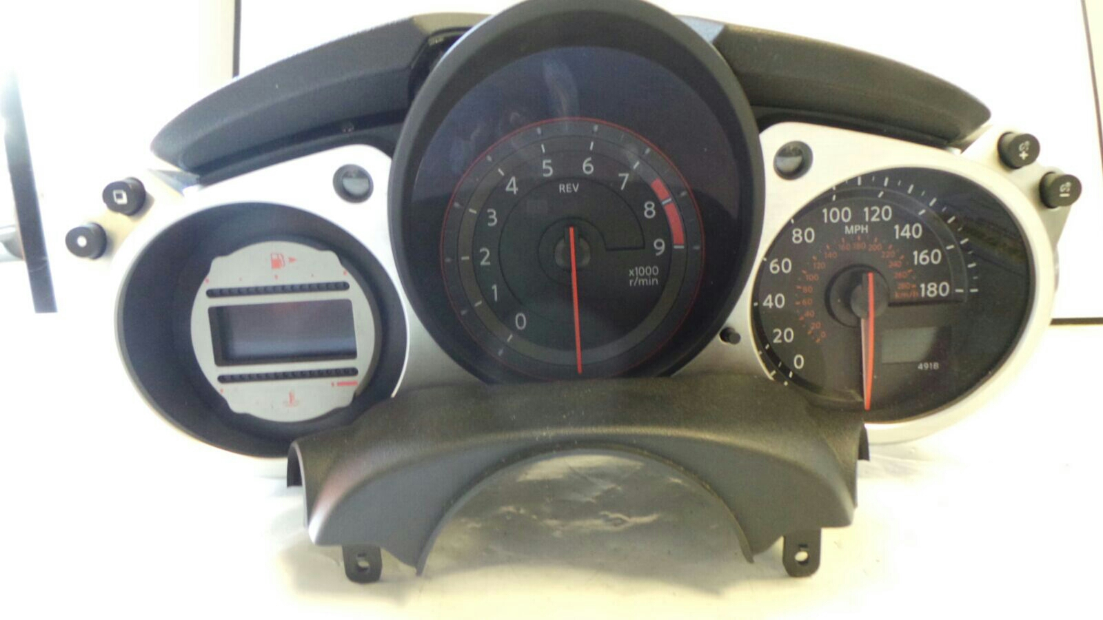 Nissan 370z 2009 On Instrument Cluster Petrol Manual For Sale Fuse Box 37 Speedo Clocks 5174801