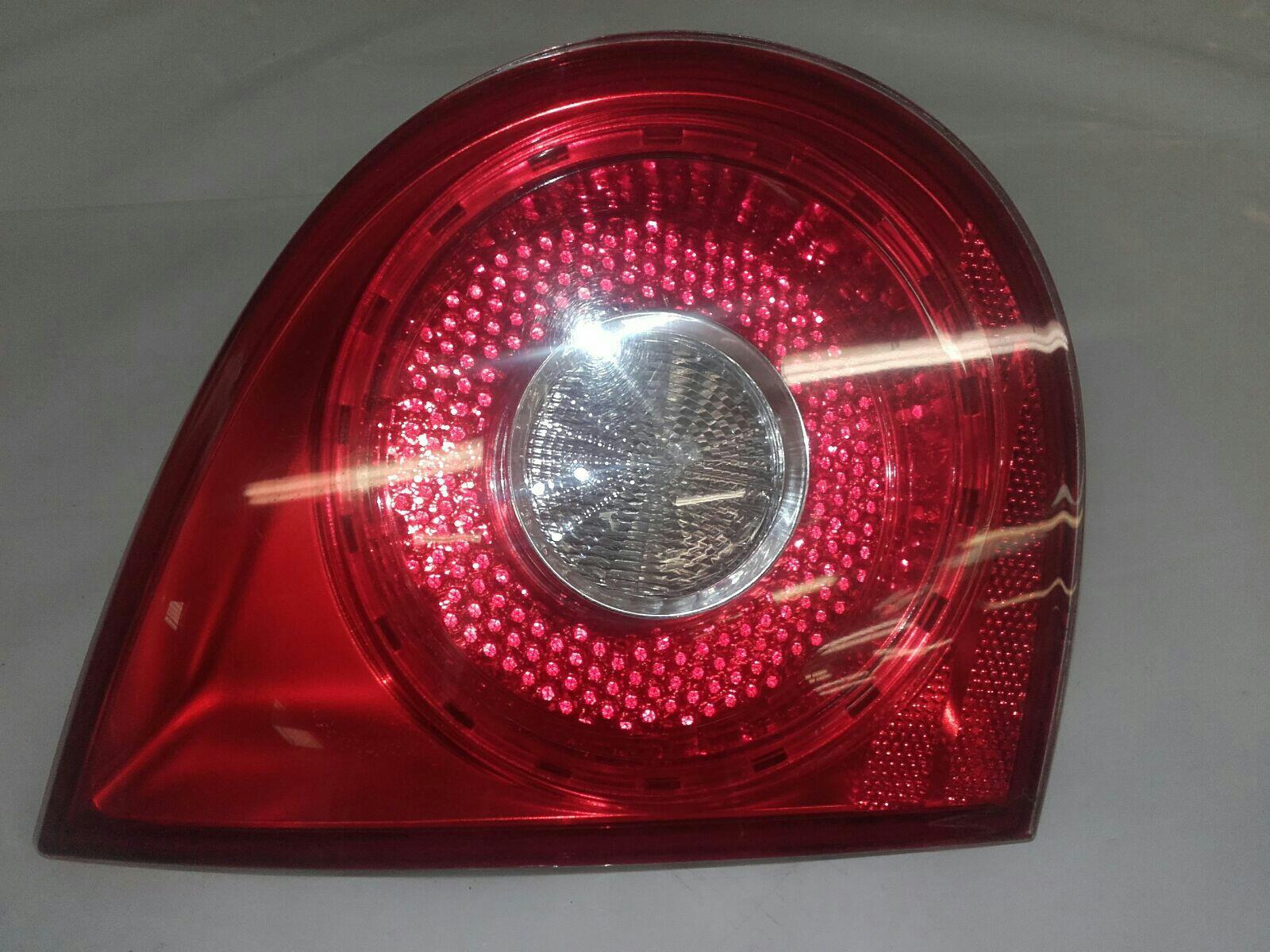 Volkswagen Golf (mk5) 2003 To 2009 Lamp Assembly Rear Inner