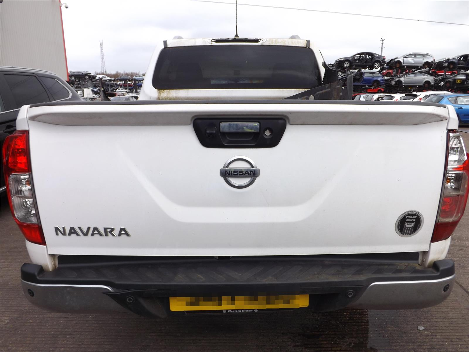 Nissan Navara 2016 On Axle Assembly Rear (Diesel / Automatic) for