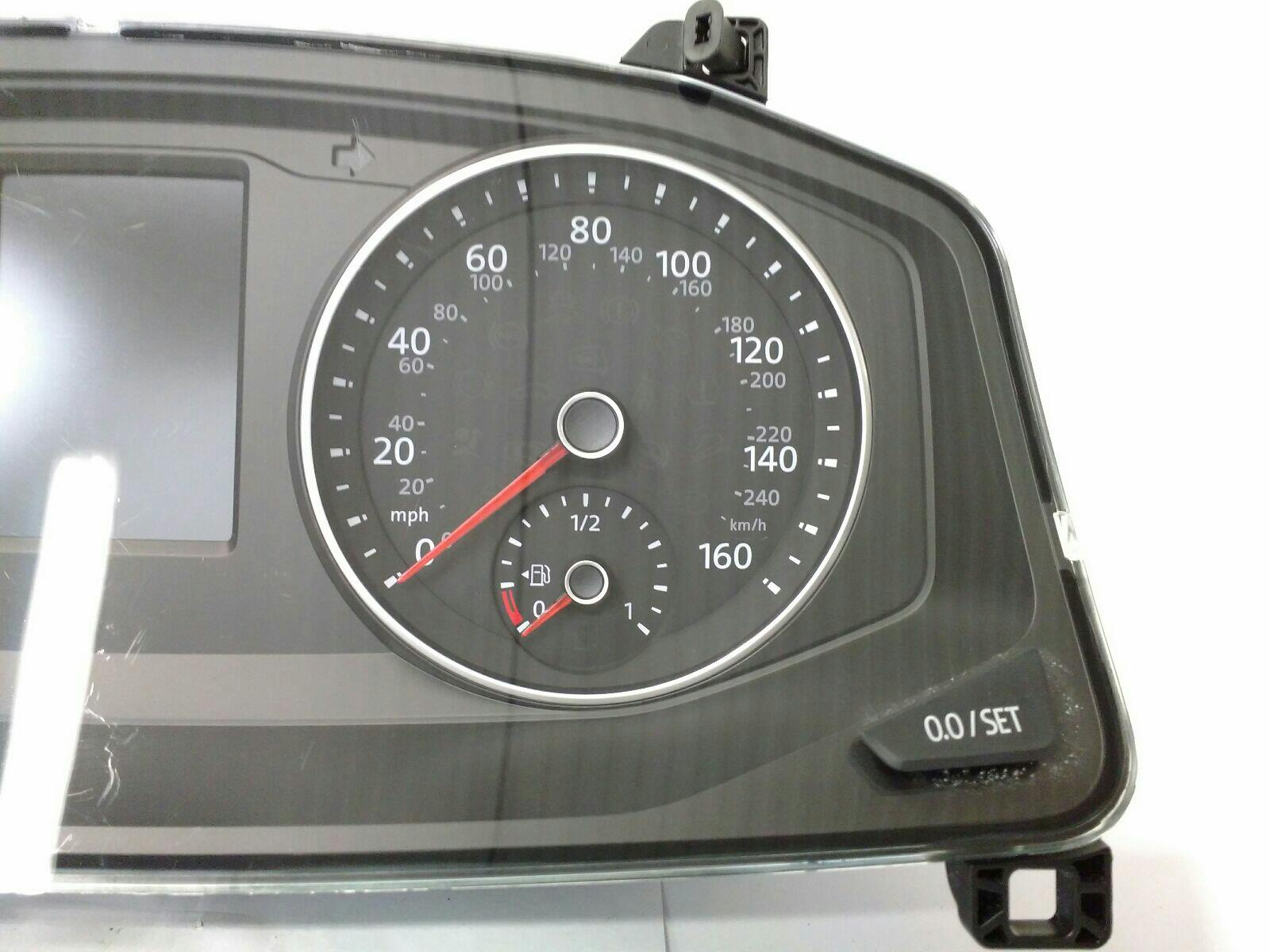 Volkswagen Transporter 2015 On Instrument Cluster (Diesel / Manual