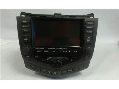 Honda Honda Accord  6 Disc CD changer with sat nav display  will need DVD module to complete nav 39050-SEA-E810-M1 no code  tested ok