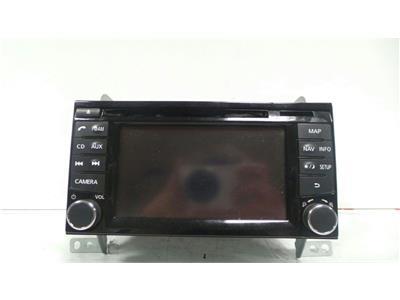 Nissan SAT  NAV Untested May Need Coding CD/Radio NAV/MAP Toucscheen AUX 7 612 033 033