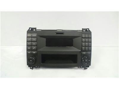 Mercedes-Benz A9069004401 Single cd RADIO/MEDIA SD SLOT May require code