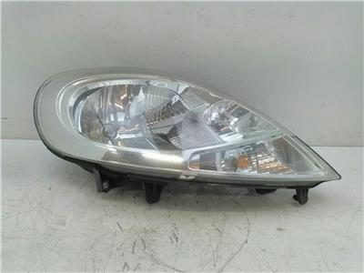 VAUXHALL VIVARO 2900 1.9 FRONT DRIVER SIDE HEADLIGHT 2004 BREAKING SPARES