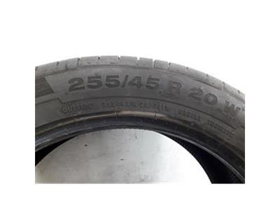CONTINENTAL 255/45R20