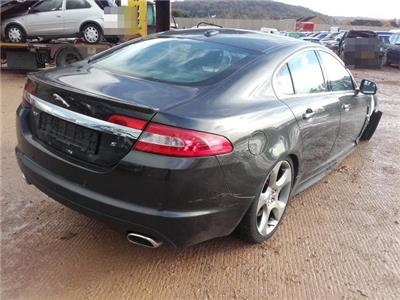 2010 JAGUAR XF S Luxury