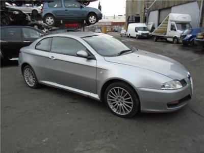 2005 ALFA ROMEO GT JTD