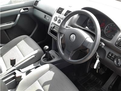 2009 Volkswagen Touran S TDi 1896 Diesel Manual 6 Speed M.P.V.