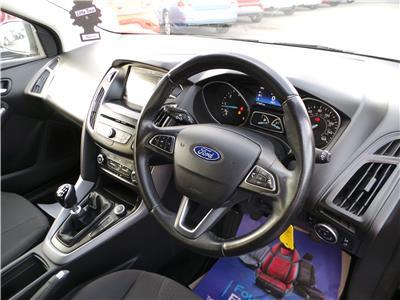 2016 Ford Focus Zetec TDCi 120 1499 Diesel Manual 6 Speed 5 Door Hatchback