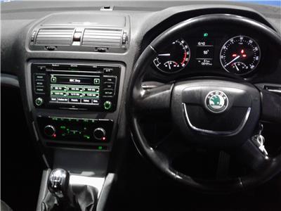 2010 SKODA OCTAVIA ELEGANCE TDI 1896 DIESEL MANUAL 5 Speed 5 DOOR ESTATE
