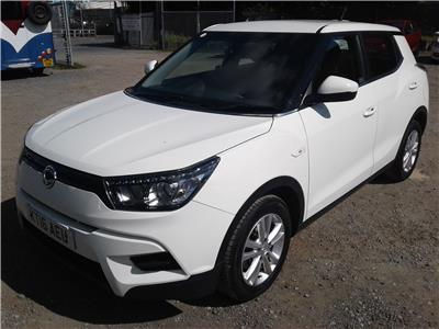 2016 Ssangyong  Tivoli SE e-XGi 1597 Petrol Manual 6 Speed 5 Door Hatchback